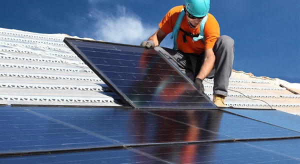 10 Reasons to Install Solar Panels to your Home