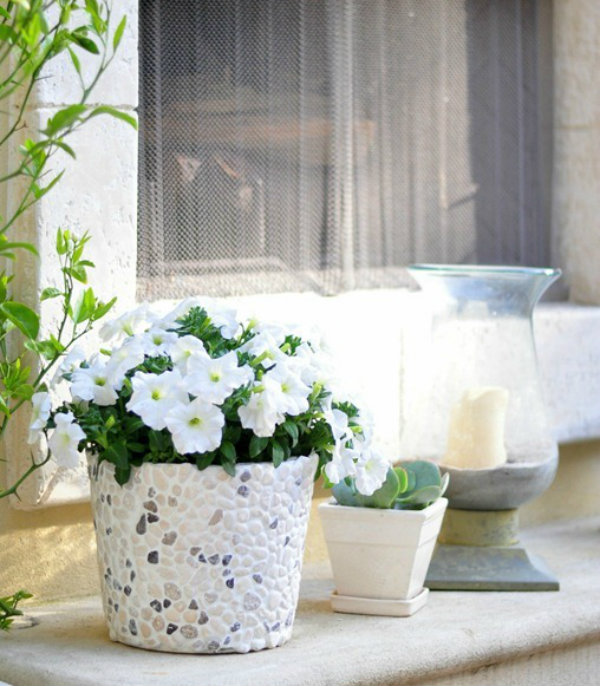 The Rocky Bucket Makes for Great Front Door Decor Inspiration