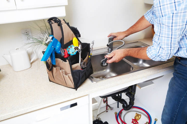 Finding A Local Or Emergency Plumber for Cheap is Simple