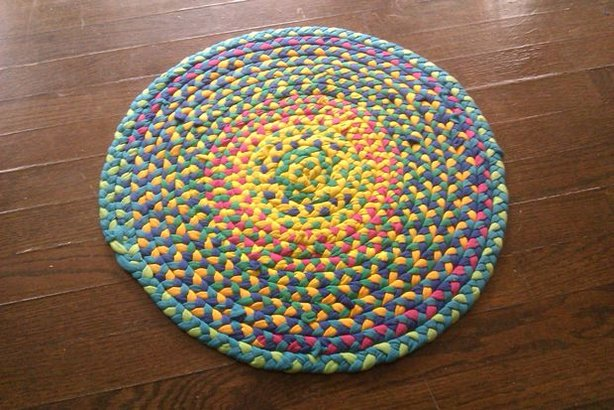 Braided t shirt rug