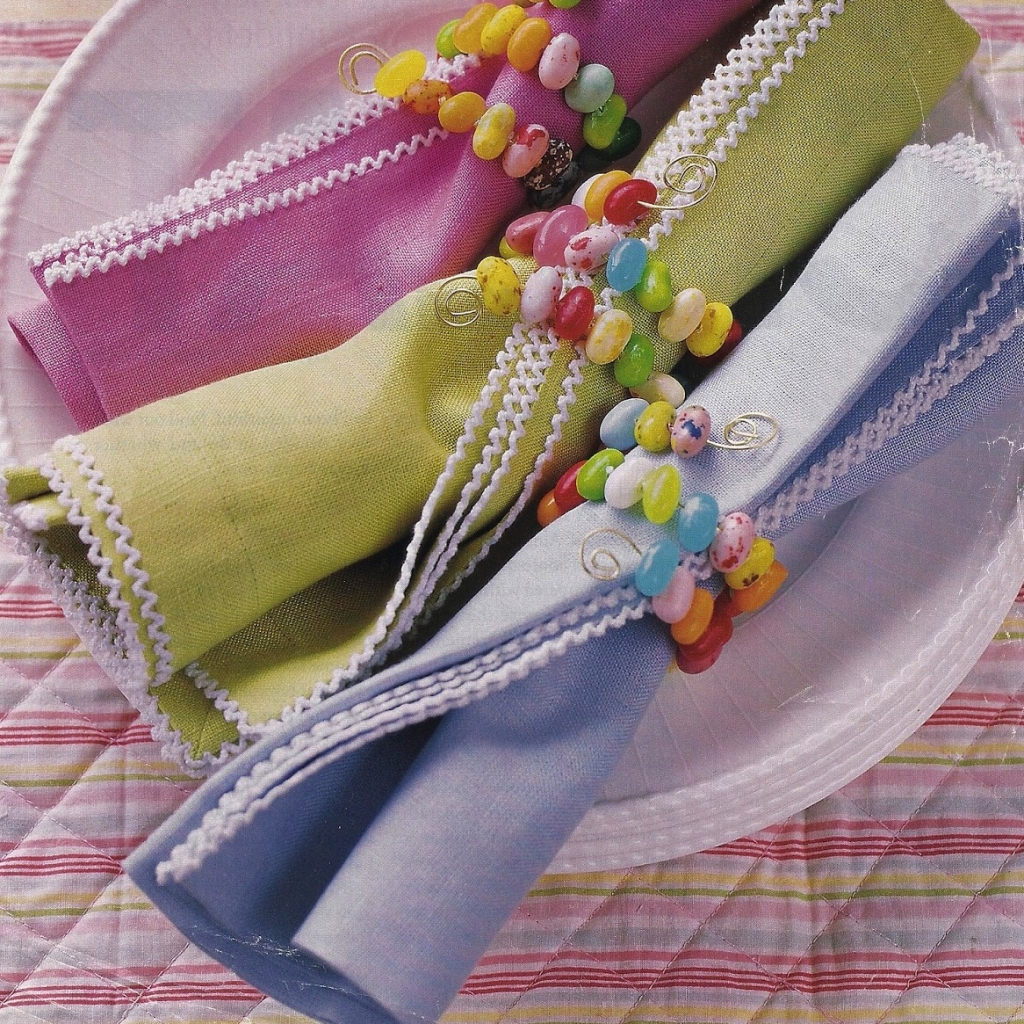 candy napkin ring
